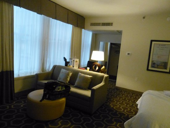 Gambar Hampton Inn & Suites New Orleans Downtown (French Quarter Area)