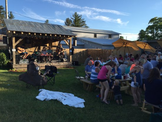 Lake Ann, MI: Enjoy music on the lawn or at a picnic table.