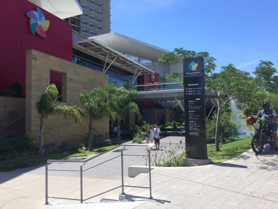 Nuevocentro Shopping: Entrada
