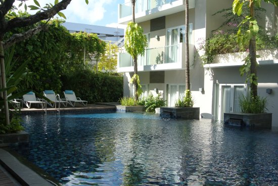 Grand Ixora Kuta Resort: only one small pool more for family with children but quite pleasant