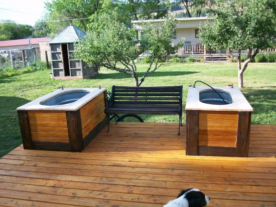 Hot Springs, MT : new tubs on the deck