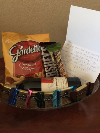 HYATT House San Jose/Silicon Valley: A photo of the sweet gift basket we received from the staff for our honeymoon!