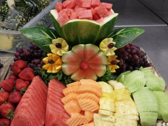 Martin S Crosswinds Fruit Tray