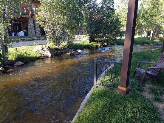 Murphy's River Lodge: 20160706_191234_large.jpg