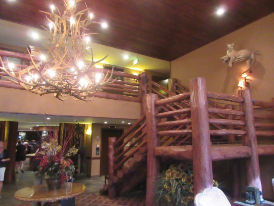 The Lodge at Jackson Hole: The foyer stairs to upstairs.