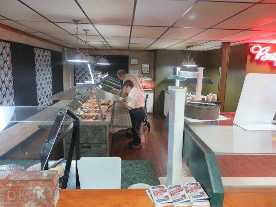 Keokuk, Iowa: Buffet Area - Ogo's Family Restaurant