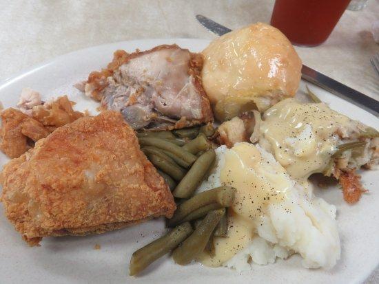 Keokuk, Iowa: Fried Chicken, Mashed Potatoes & Gravy with Stuffing