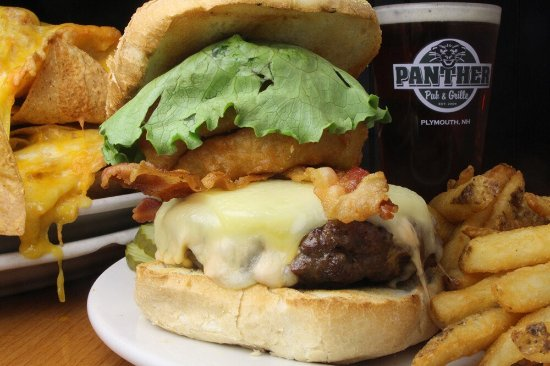 Plymouth, New Hampshire: Panther Pub & Grille