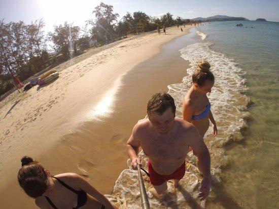 Golden Sand Inn: В отеле дают полотенца для пляжа