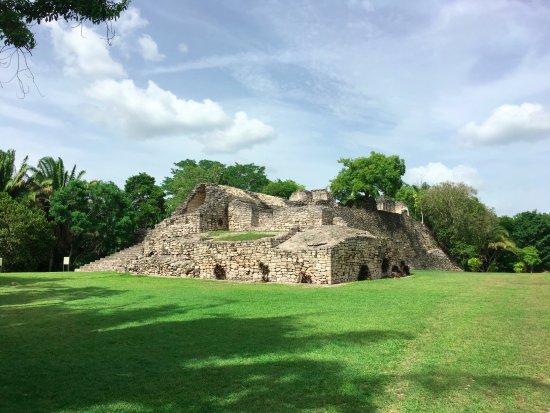 Quintana Roo, Meksika: Kohunlich, ruinas