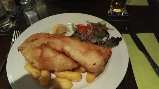 The Albert, Bowness: Great meal here and good service. Very varied menu with something for everyone. Yummy.