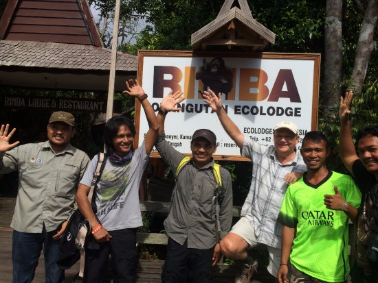 Rimba Orangutan Eco Lodge: On the jetty at Rimba