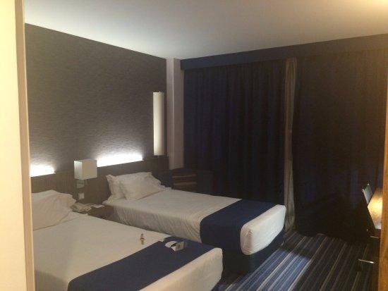 Prior Velho, Portugal: room 415