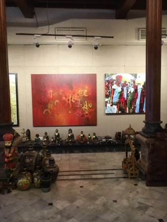 Sachee art gallery