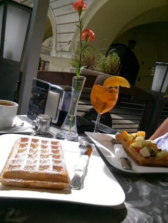 Cafe Arkady Kawiarnia Cukiernia