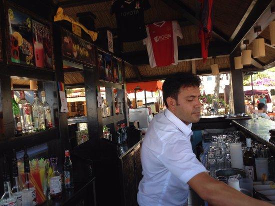 Club Boran Mare Beach: İşte çalışkan bir personel