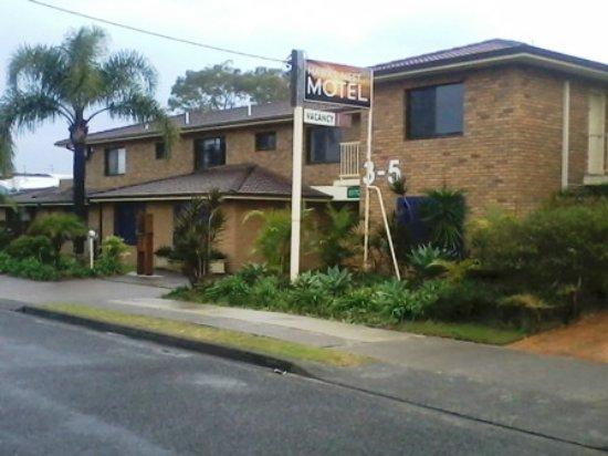 Hawks Nest, Australia: Front