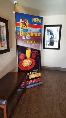 Spokane Valley, WA: Breakfast in Bed option for an add'l $5