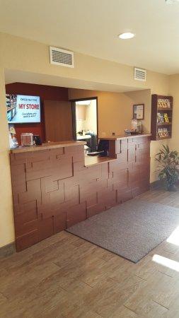Spokane Valley, WA: Front Desk