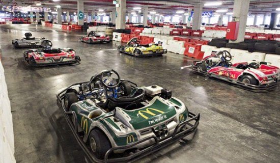 Barreiro, Portugal: PodioImediato Indoor Kart Center