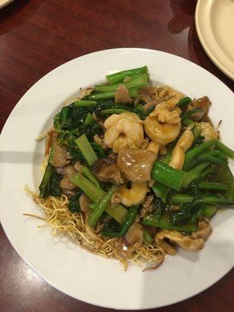 Yau's Chinese Bistro