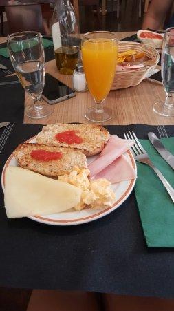 Don Curro Hotel: desayuno