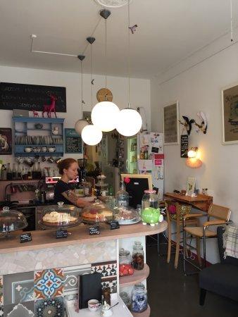 photo0.jpg - Bild von Zimtzicke Café & Wohnzimmer, München - TripAdvisor