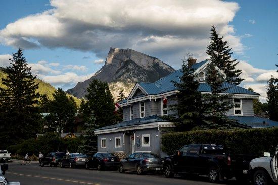 Blue Mountain Lodge Photo