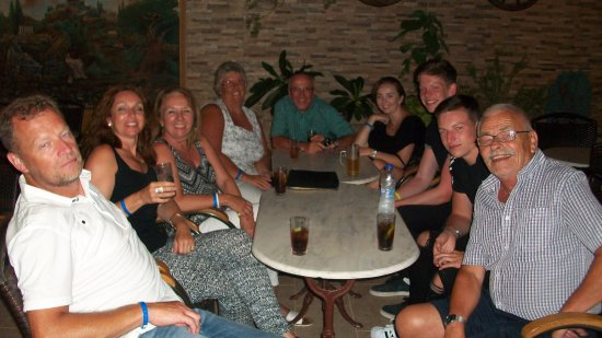 Lasithi Mesa, Grecia: Last night drinks at Diogenis Taverna