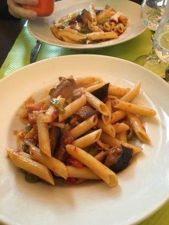 Fotos de domont im genes destacadas de domont val d for Restaurant du domont