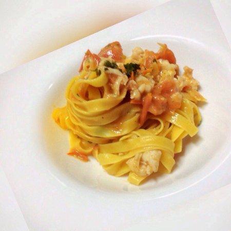 Peccati di Gola: Linguine with shrimps