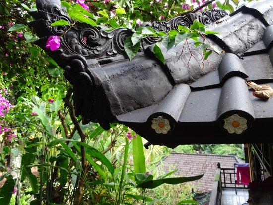Gustis Garden Bungalows: au milieu de la végétation