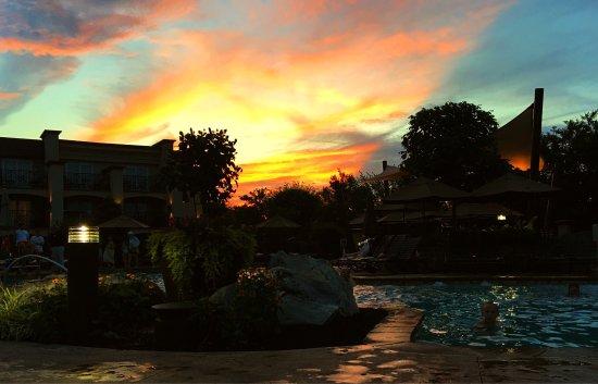 BEST WESTERN PREMIER Eden Resort & Suites: photo0.jpg