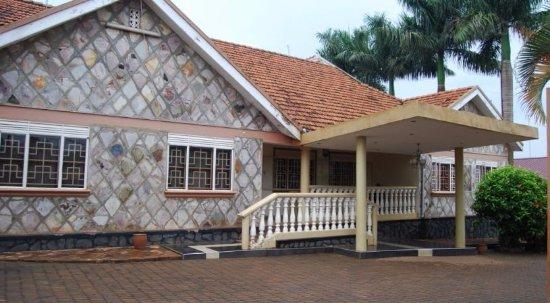 Royal Nest Inn