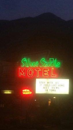 Silver Saddle Motel: 20160710_204557_large.jpg
