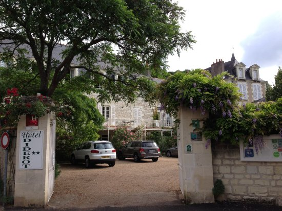 Hotel Diderot: Gateway into the hotels' enclosed garden