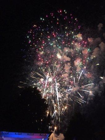 Hamilton Veterans Park: Great Fireworks, Lousy Camera