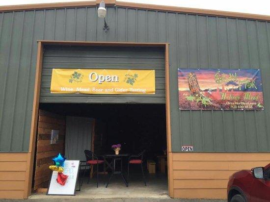 Roseburg, Oregon: Oran Mor Artisan Meadery