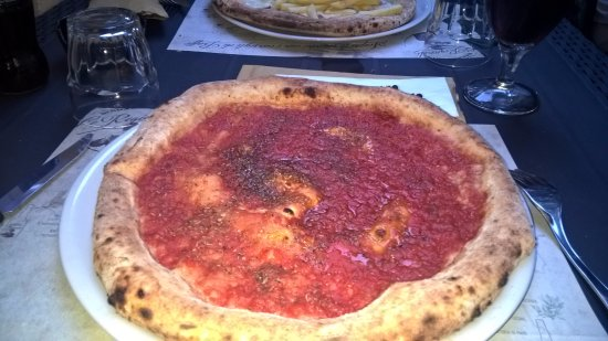 Province of Grosseto, Italy: pizza marinara