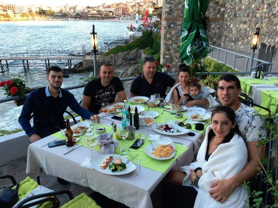 Casa Del Mare: Friends on dinner