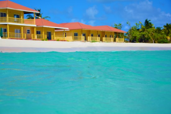 Rendezvous Bay Hotel & Villas