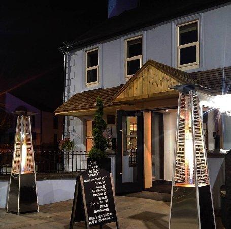The Ava Winebar & Bistro: Exterior