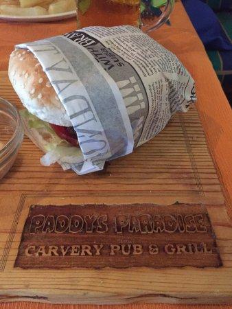 Paddys Paradise Beach Bar & Grill: photo0.jpg