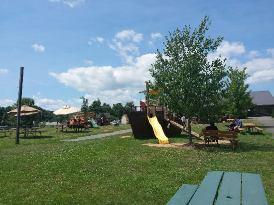 Leesburg, Wirginia: Outdoor play area