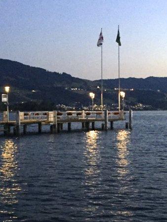 Hotel Schwanen: Schiffsanlagestelle
