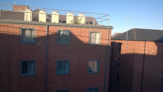 Premier Inn Chester City Centre Hotel: View - of other rooms !