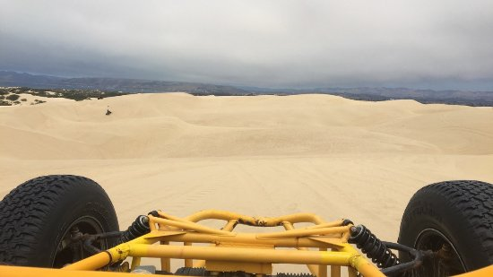 Oceano, Калифорния: View above the dunes facing the ocean from a prowler.