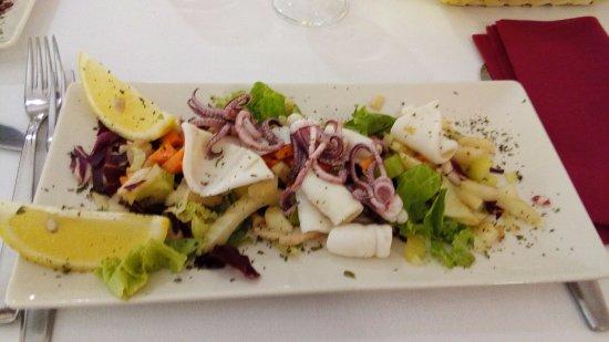 Vicchio, Italia: Antipasto (catalana di totani)