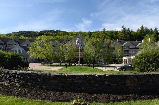 Bartlett, NH: Hotel entrance.