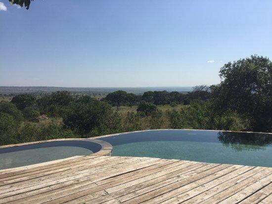 Serengeti Bushtops Camp : view from pool
